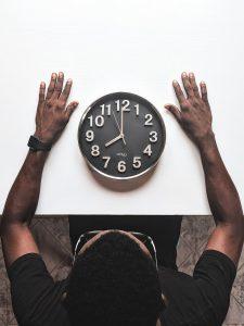 utiliser un remontoir de montre