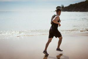running plage avec montre
